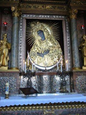 16 novembre : Notre Dame de Miséricorde (La Porte de l'Auror 450px-Ostrobramskaphoto1